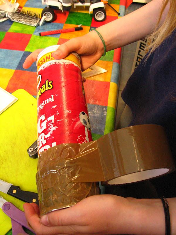 Camera Obscura out of a Pringles Box