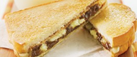 Make a Toasted Peanut Butter and Banana Sandwich