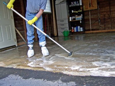 How to paint a concrete garage floor for How do you clean concrete garage floor