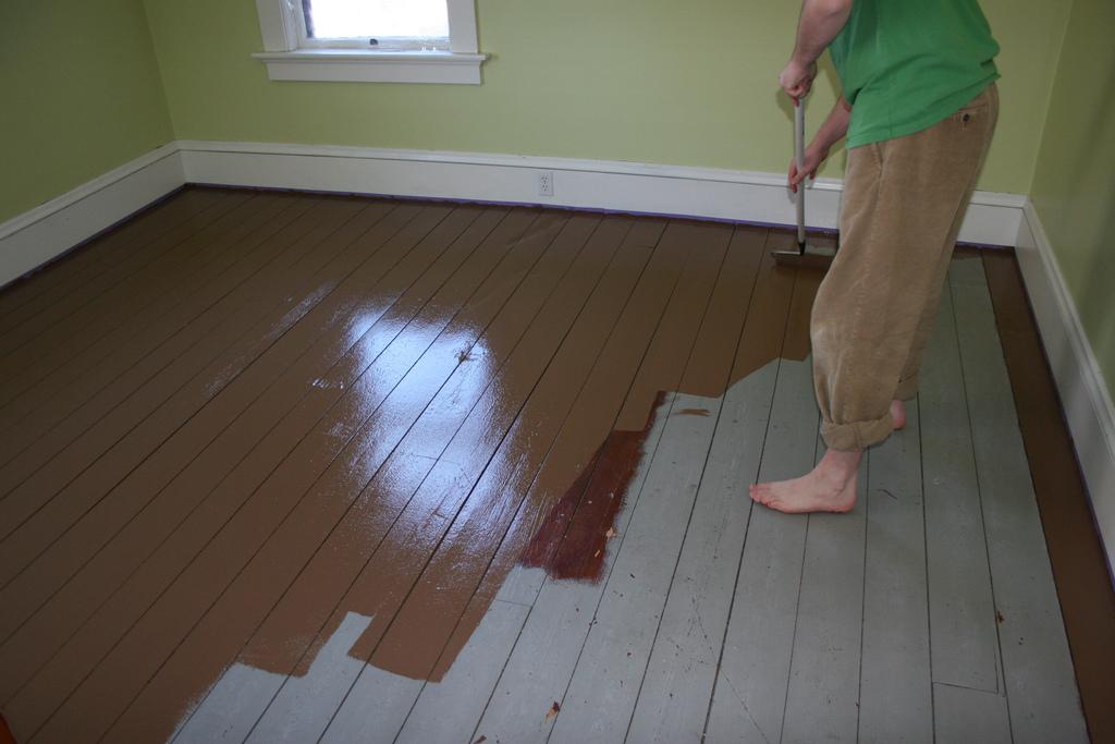 How to Paint a Hardwood Floor