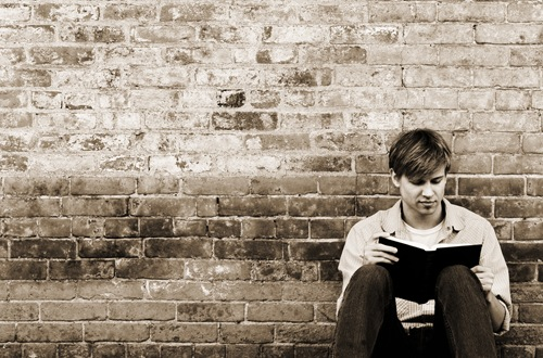 Young Ault Reading