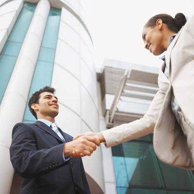 Practicing Business Etiquette in Ecuador