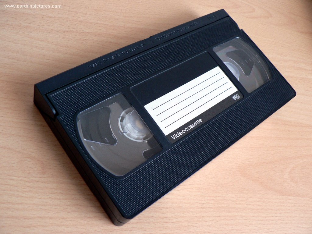 Record a VHS on a VCR