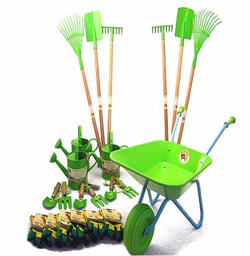 Store Gardening Tools for the winter