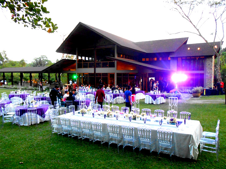 Tips about How to Book a Wedding Caterer