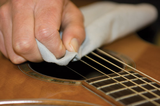 Cleaning your guitar