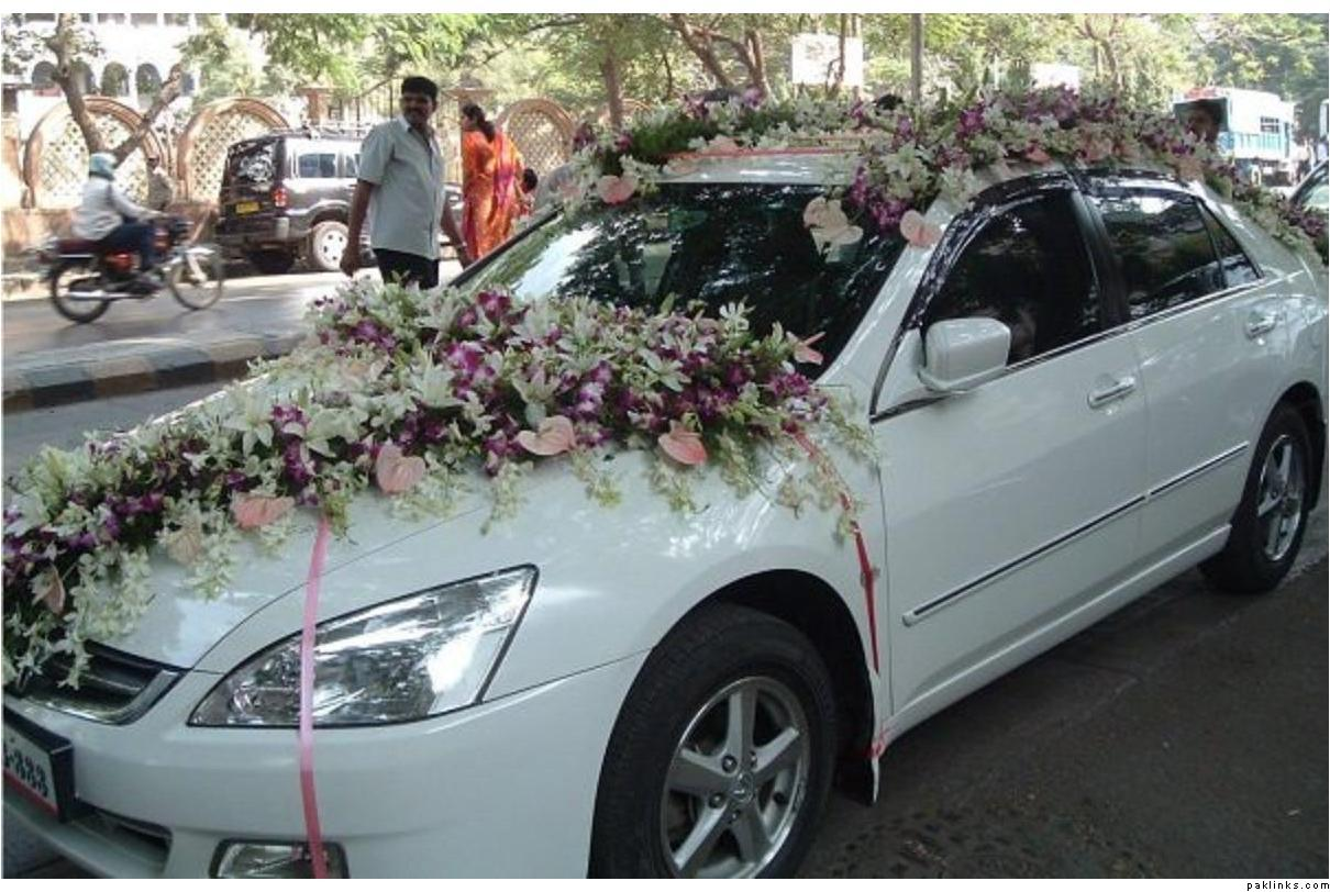 Wedding car, well decorated