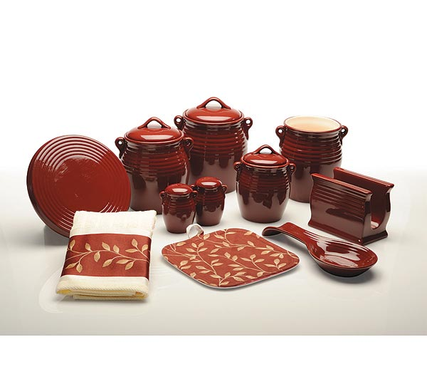 Decorate Kitchen With Pottery
