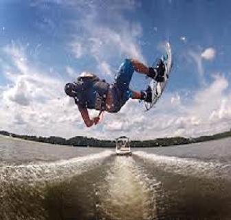 do a backscratcher air on a wakeboard