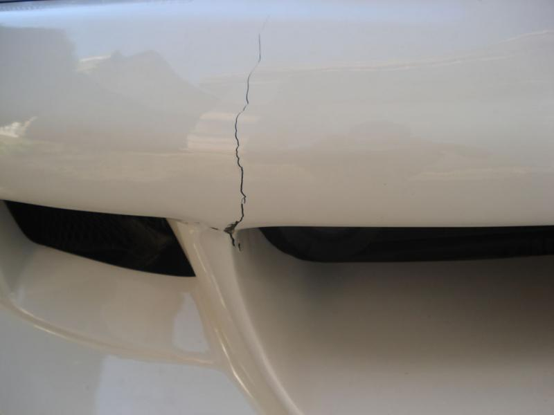 How to Fix a Cracked Fibreglass Bumper