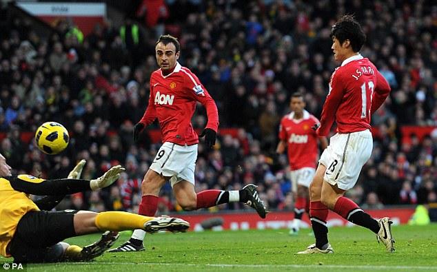Park chips the goalkeeper