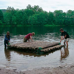 How to make homemade log furniture
