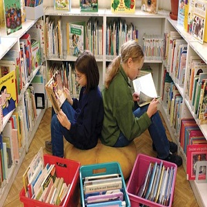 Plan a Trip to the Library with Children