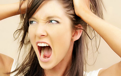 Dandruff and Itchy Scalp Naturally