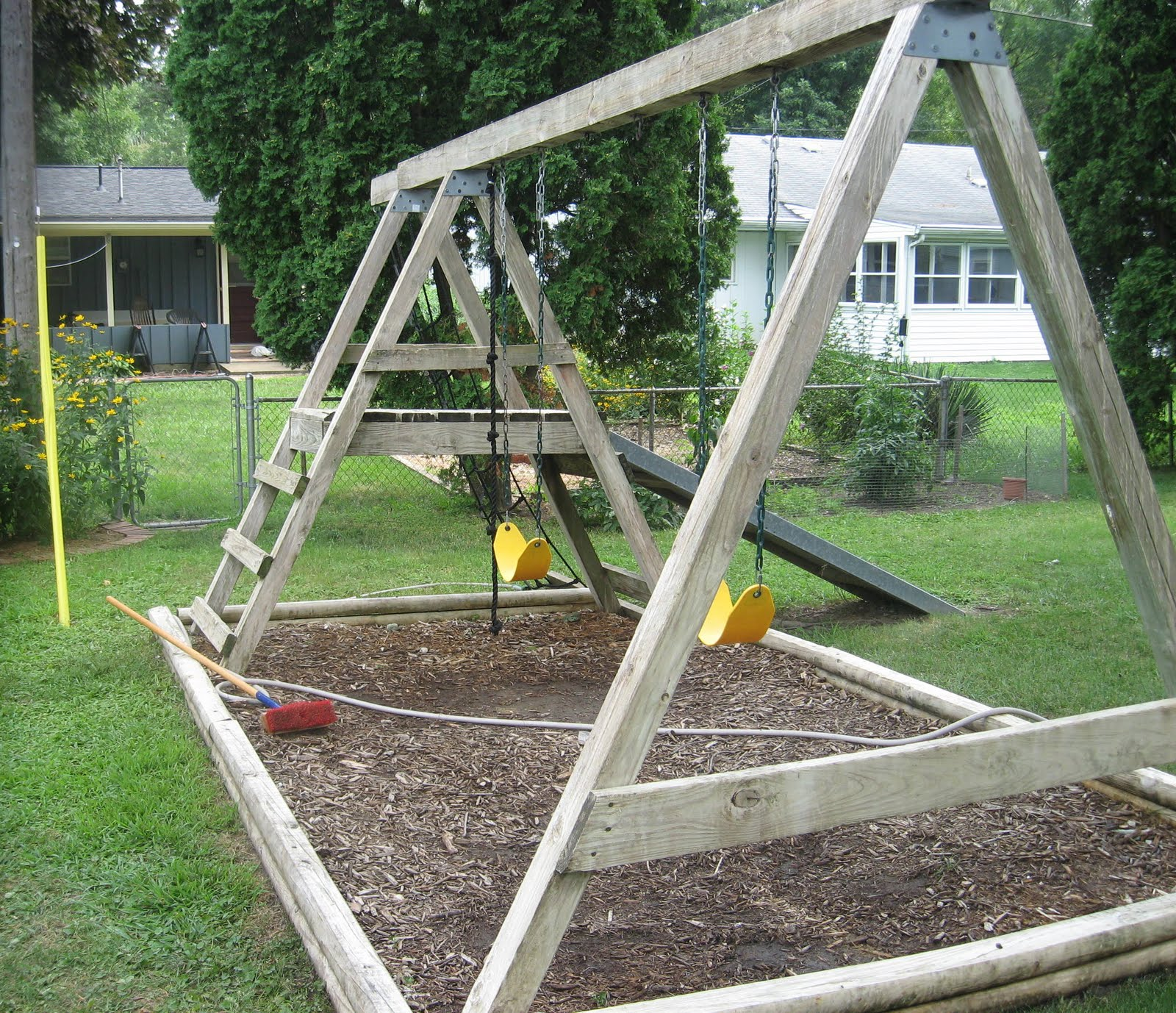 How to Refinish a Wood Swing Set