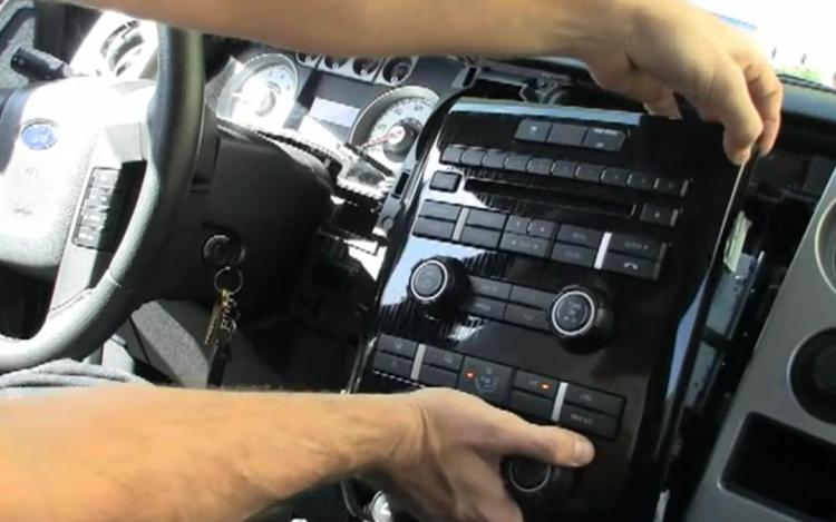 Removing the Dash from a Ford F-150