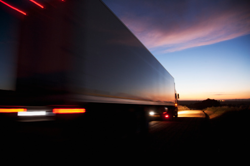 How to Save Money while Trucking