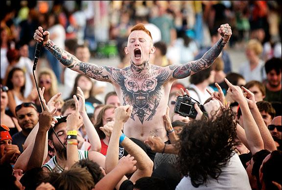 Tips about How to Survive a Warped Tour Concert