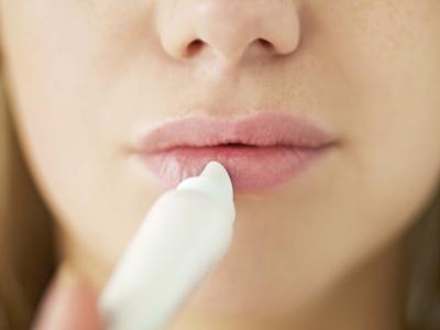 Treat Chronic Chapped Lips