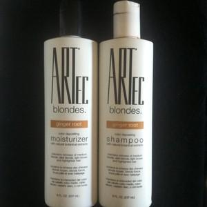 ARTEC Color Depositing Shampoo