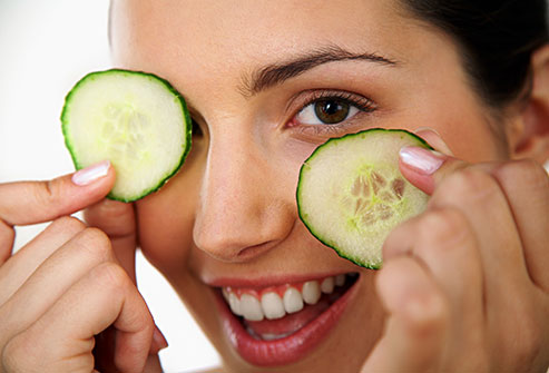 Use Cucumbers for Your Skin