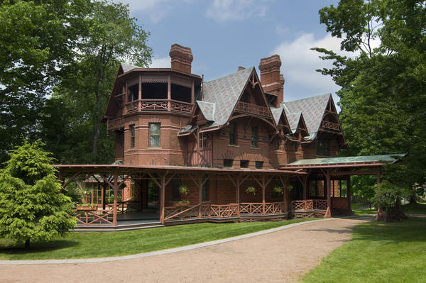 How to Visit Literary Sites in New England