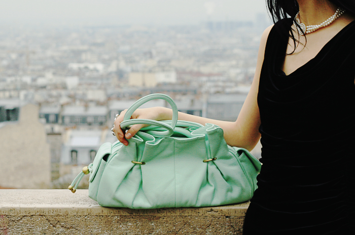 Lady with a cool mint bag