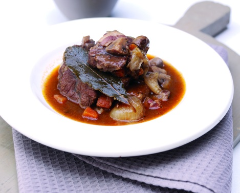 Slow Cook Beef Bourguignon