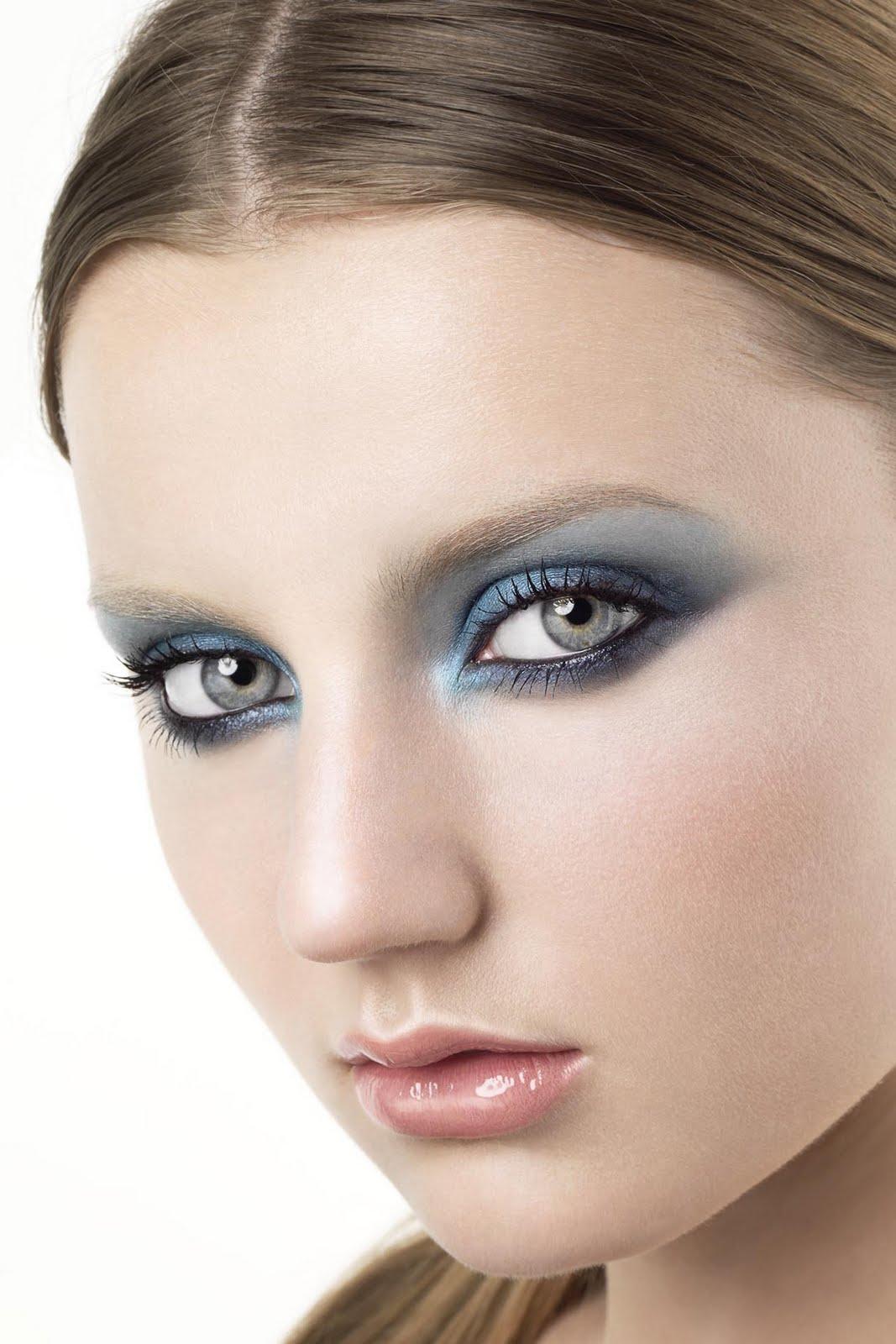 Girl with smoky eyes