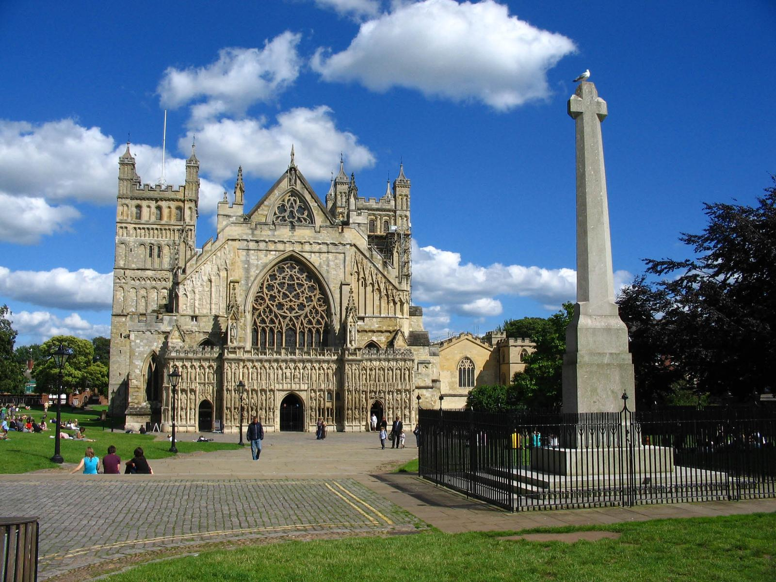 How to Travel from London to Exeter