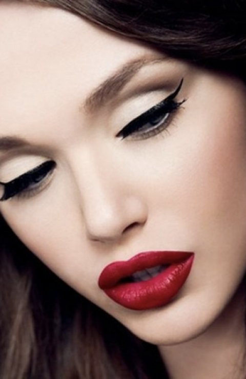 Perfect Cat Eye Make Up