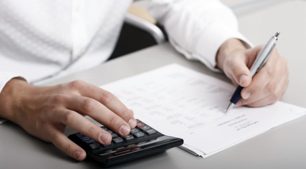 Difference Between an Accounting and Finance Degree