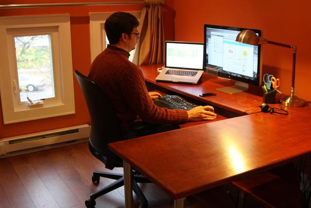 Build an Ergonomic Computer Desk