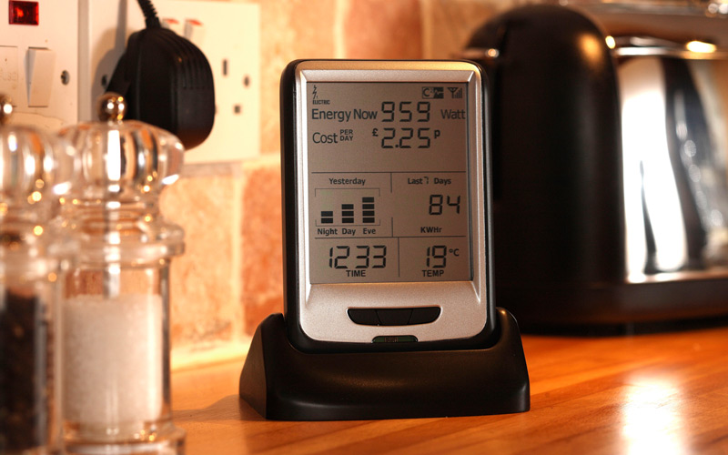 Power Monitoring Devices : How to buy an energy usage monitoring device