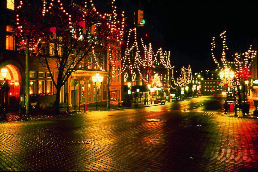 Tips to Celebrate the Winter Holidays in Bethlehem, Pennsylvania