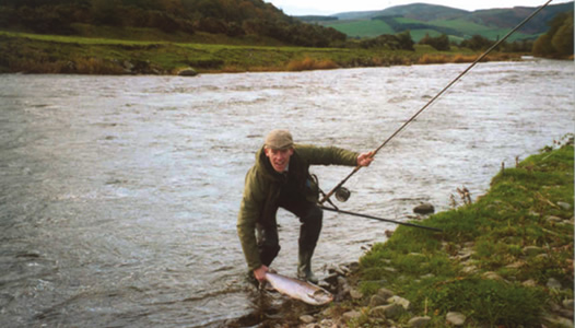 How to Connect a Salmon Fly Line to a Leader