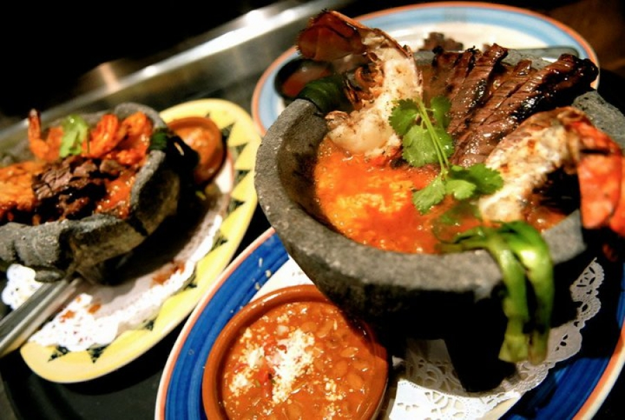 How to Host a Cinco de Mayo Neighborhood Barbecue