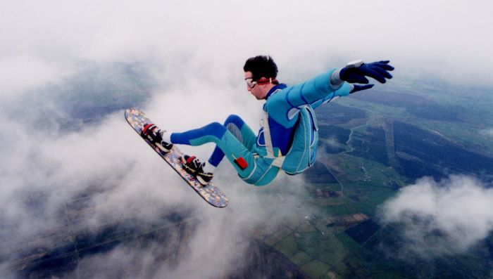 How-to-Learn-Extreme-Skysurfing-History.