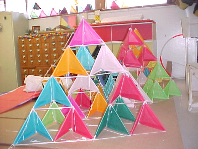 How to make a tetrahedral kite with straws for Tetrahedron kite template