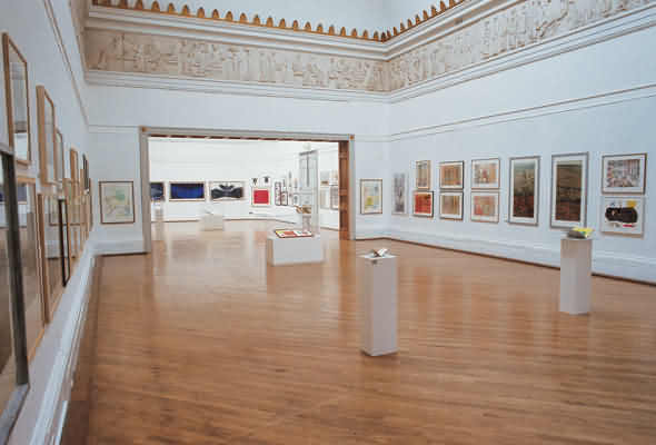 How to Pick a Gallery to Exhibit Your Art