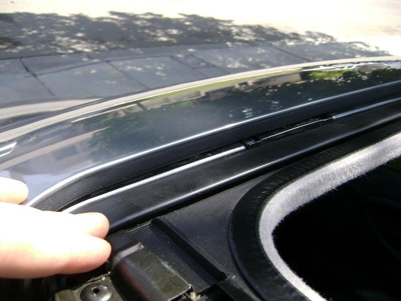 How to Replace a Sunroof Seal