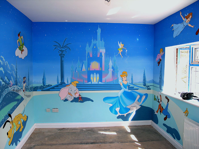 How to Sketch Out a Wall Mural