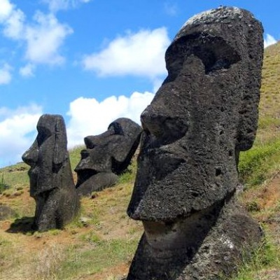 Tour Easter Island