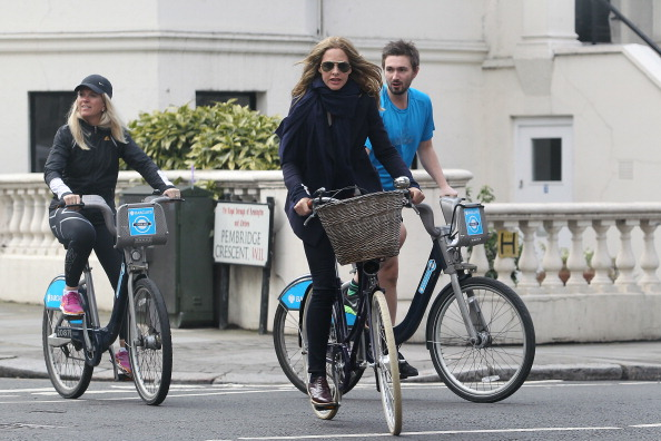 Friends cycling