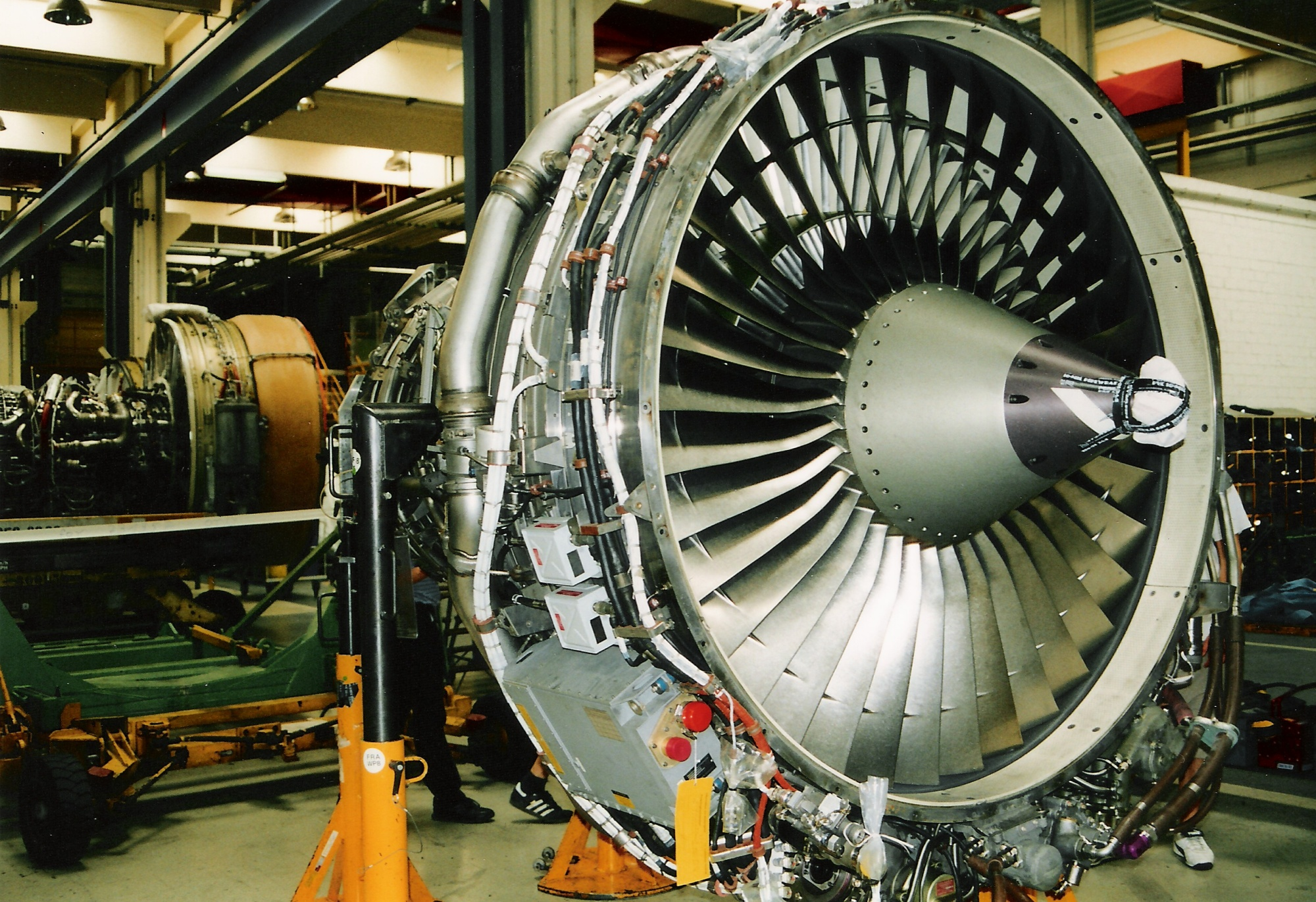 Difference Between Turbojet and Turbofan
