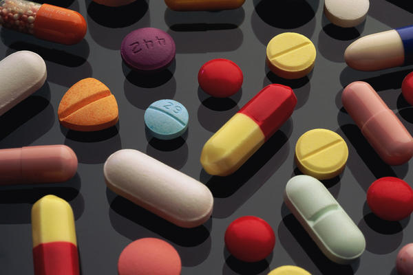 Difference between Omeprazole and Magnesium