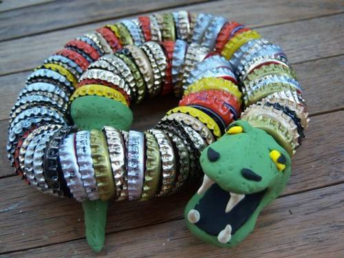 How to make a bottle cap snake for What can i make with beer bottle caps