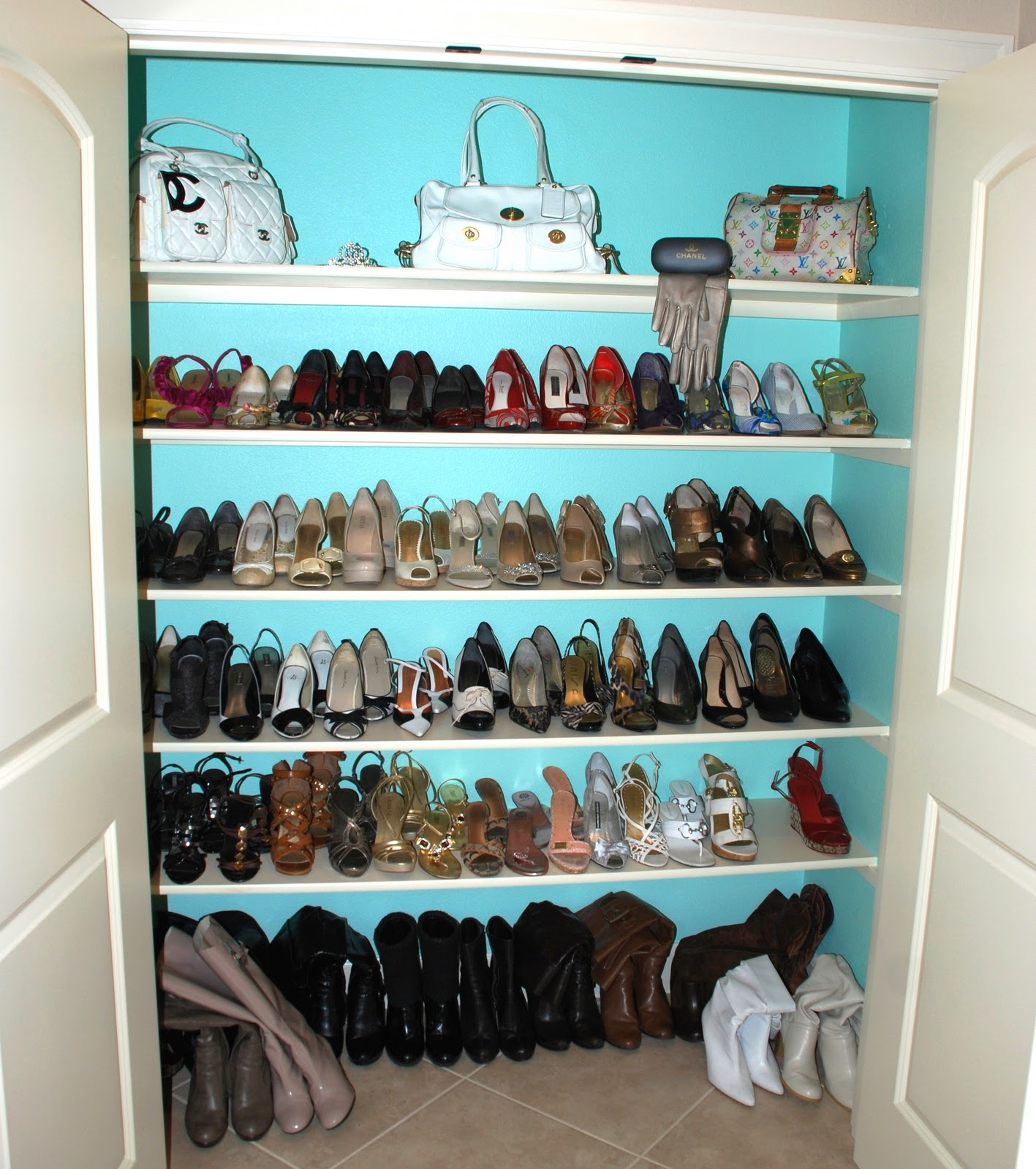how to organize shoes in a closet. Black Bedroom Furniture Sets. Home Design Ideas