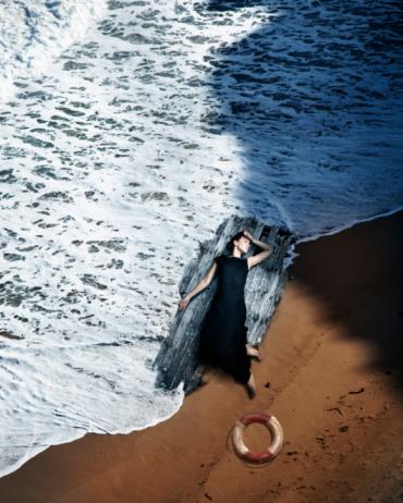 Survive a Shipwreck