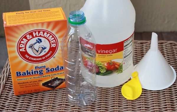 Blow Up a Balloon with Baking Soda and Vinegar